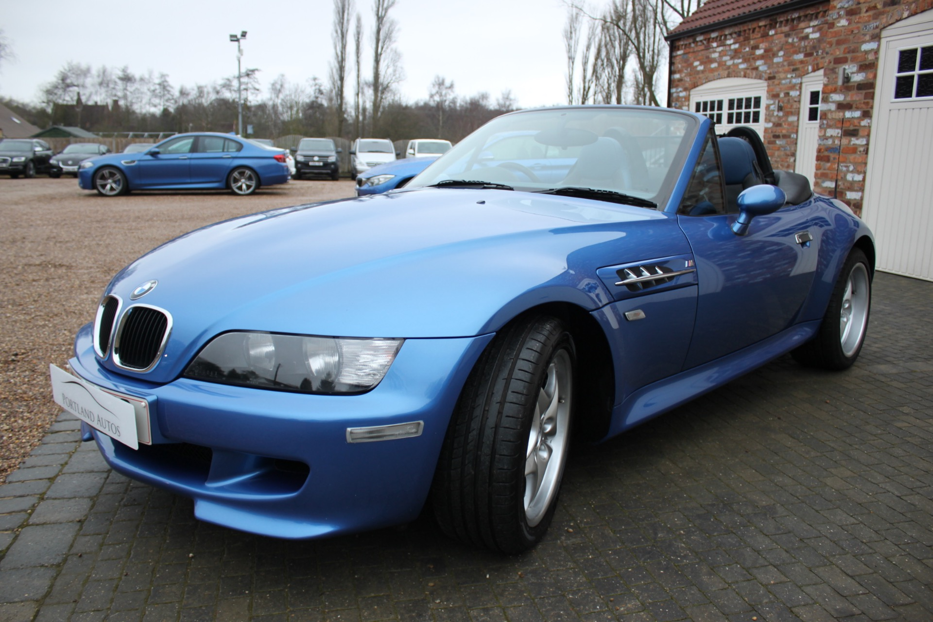 bmw z3 roadster summary 1999 bmw m coupe/m roadster  0 shares in this story 1999 bmw 328i/m3 1999 bmw 5-series 1999 chevrolet corvette  the addition of a steel roof may do nothing for the z3's lines, but it.