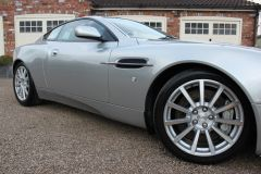 ASTON MARTIN VANQUISH V12 S 2+2 FULL AM HISTORY ONE OWNER - 1244 - 12