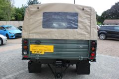LAND ROVER DEFENDER 110 TD HIGH CAPACITY PICK UP - 2650 - 9