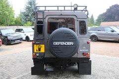 LAND ROVER DEFENDER 90 TD XS STATION WAGON - 3657 - 14