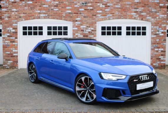 Used AUDI RS4 AVANT in Yorkshire for sale