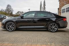 SKODA SUPERB SPORTLINE PLUS TDI DSG - 4687 - 49
