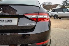 SKODA SUPERB SPORTLINE PLUS TDI DSG - 4687 - 45