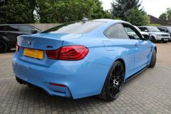 BMW M4 COMPETITION - 3703 - 13
