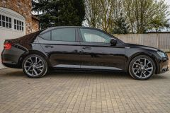 SKODA SUPERB SPORTLINE PLUS TDI DSG - 4687 - 50