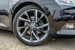SKODA SUPERB SPORTLINE PLUS TDI DSG - 4687 - 2
