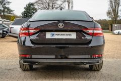 SKODA SUPERB SPORTLINE PLUS TDI DSG - 4687 - 51