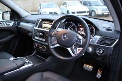 MERCEDES M-CLASS ML250 BLUETEC AMG LINE PREMIUM PLUS - 2864 - 12